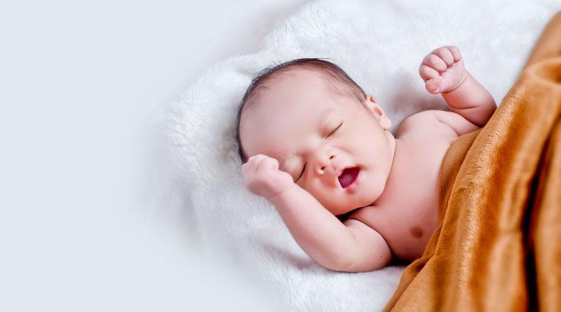 Mengobati Diare Bayi