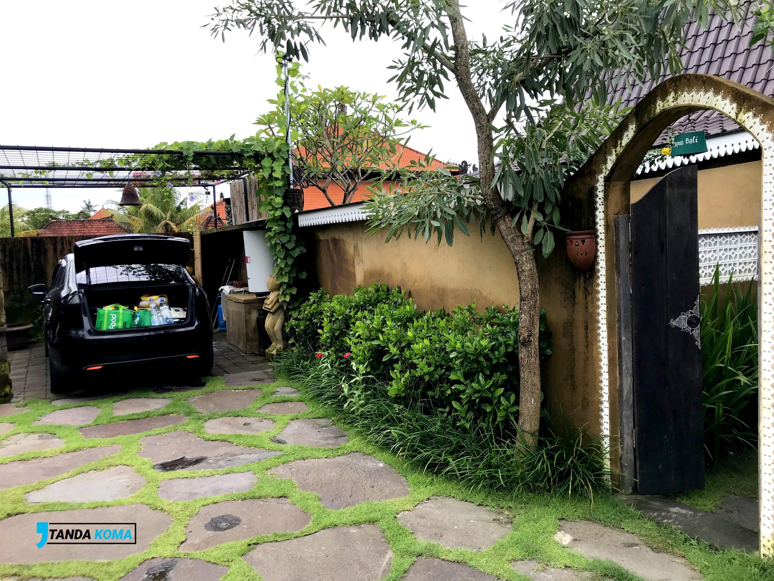 Parkiran Hidden Villa Bali