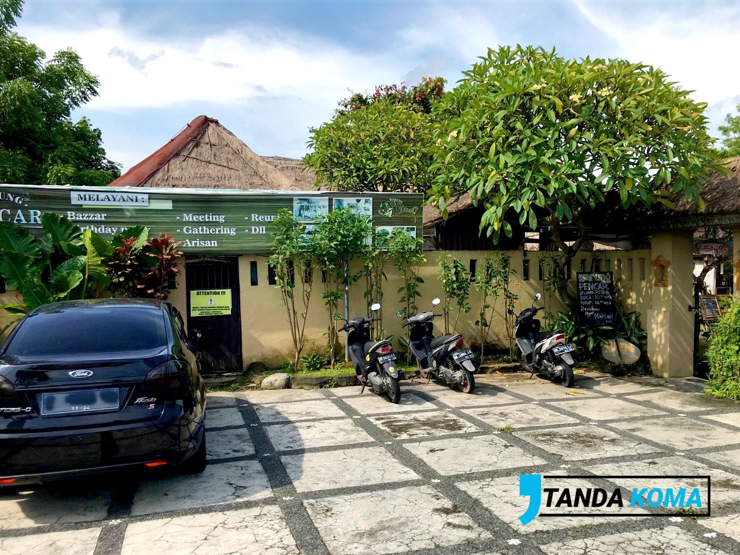 Warung Pencar Bali Parkir
