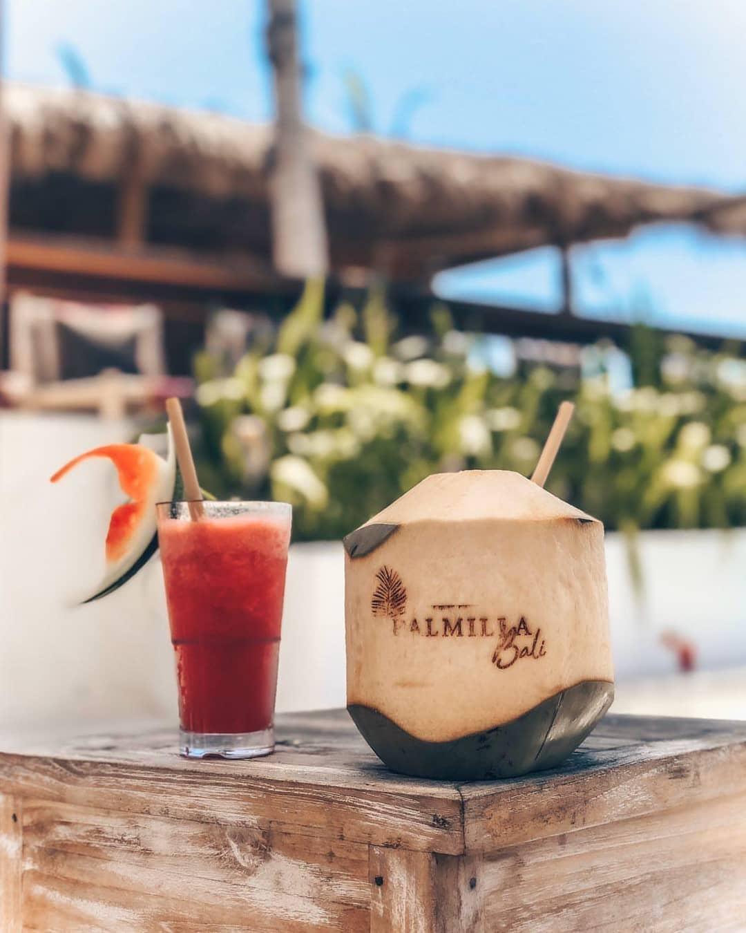 Minuman dan Makanan di Pantai Melasti