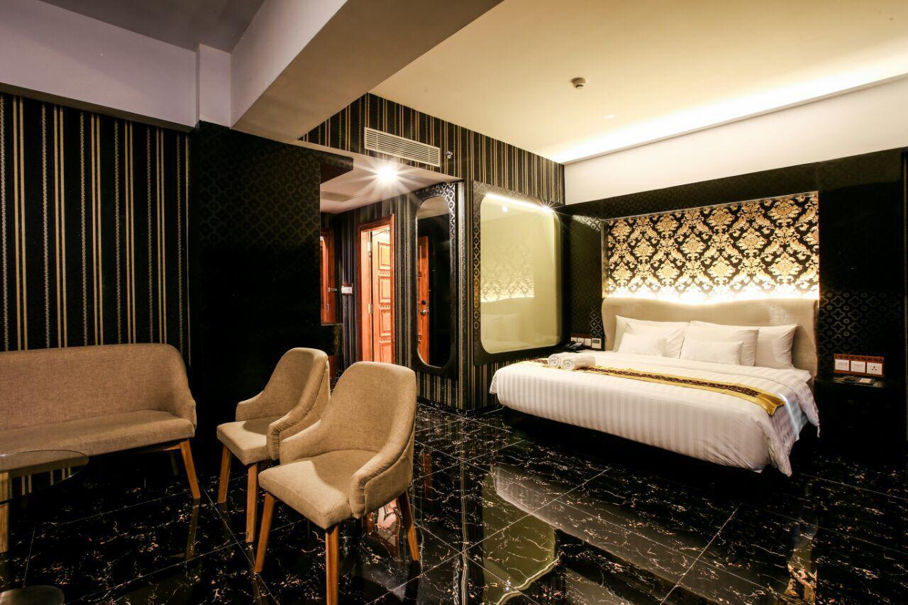KJ Hotel - Junior Suite Room