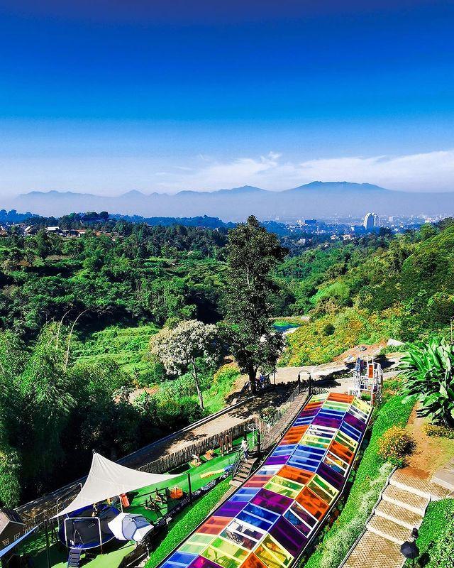 Lokasi D'dieuland Bandung
