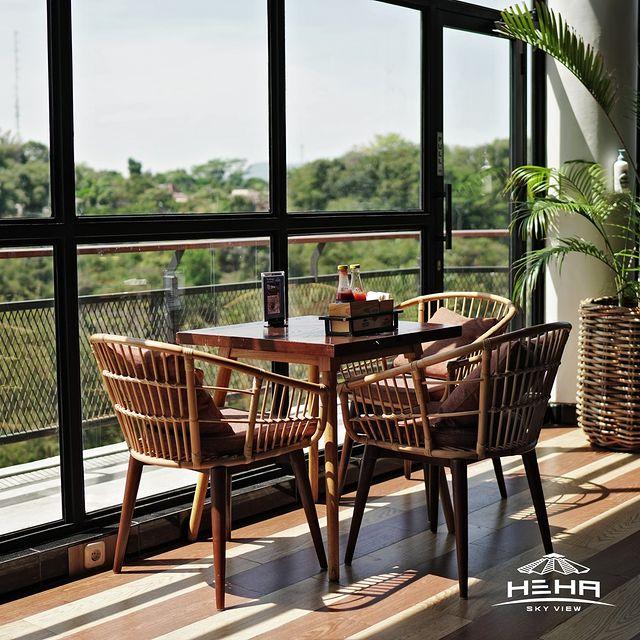 Resto Cafe Heha